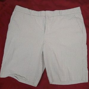 3c0b1b2a87 Banana Republic Shorts - Banana Republic Shorts Womens Size 14 Beige White